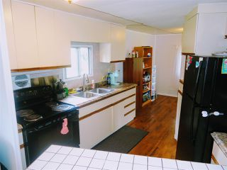 Photo 5: 3921 KNIGHT Crescent in Prince George: Emerald Manufactured Home for sale (PG City North (Zone 73))  : MLS®# R2379264