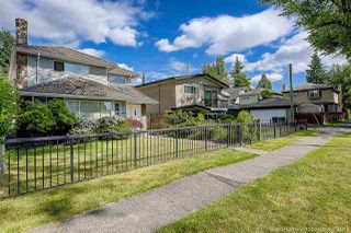 Photo 2: 6468 LABURNUM Street in Vancouver: Kerrisdale House for sale (Vancouver West)  : MLS®# R2382015