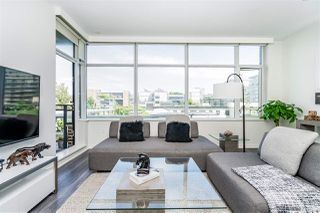 "Main Photo: 611 181 W 1ST Avenue in Vancouver: False Creek Condo for sale in ""Brook"" (Vancouver West)  : MLS®# R2382165"