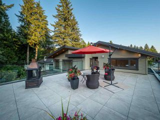 Photo 18: 1034 MONTROYAL Boulevard in North Vancouver: Canyon Heights NV House for sale : MLS®# R2386759