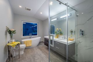 Photo 9: 1034 MONTROYAL Boulevard in North Vancouver: Canyon Heights NV House for sale : MLS®# R2386759