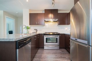 Photo 3: 412 3132 DAYANEE SPRINGS Boulevard in Coquitlam: Westwood Plateau Condo for sale : MLS®# R2400037