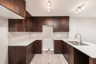 Photo 10: 563 Ebbers Way NW in Edmonton: Zone 02 Attached Home for sale : MLS®# E4173724
