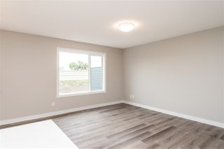 Photo 13: 563 Ebbers Way NW in Edmonton: Zone 02 Attached Home for sale : MLS®# E4173724