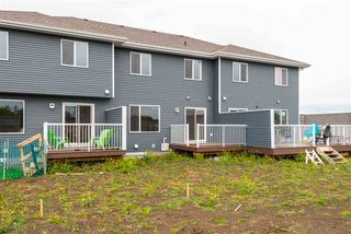 Photo 4: 563 Ebbers Way NW in Edmonton: Zone 02 Attached Home for sale : MLS®# E4173724