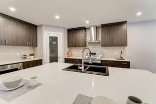 Photo 8: 2725 118 Street in Edmonton: Zone 16 House for sale : MLS®# E4179960