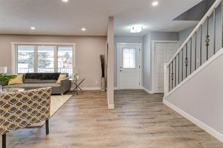 Photo 3: 2725 118 Street in Edmonton: Zone 16 House for sale : MLS®# E4179960