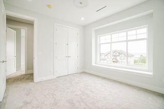 Photo 19: 943 WALLS Avenue in Coquitlam: Coquitlam West House for sale : MLS®# R2447734