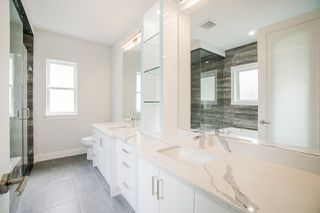 Photo 15: 943 WALLS Avenue in Coquitlam: Coquitlam West House for sale : MLS®# R2447734