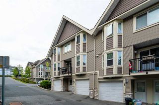 "Photo 3: 26 33313 GEORGE FERGUSON Way in Abbotsford: Central Abbotsford Townhouse for sale in ""Cedar Lane"" : MLS®# R2462809"