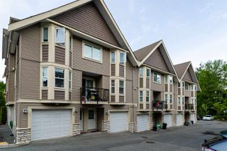 "Photo 2: 26 33313 GEORGE FERGUSON Way in Abbotsford: Central Abbotsford Townhouse for sale in ""Cedar Lane"" : MLS®# R2462809"