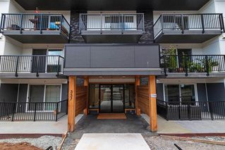 Photo 2: 106 357 E 2ND Street in North Vancouver: Lower Lonsdale Condo for sale : MLS®# R2470096