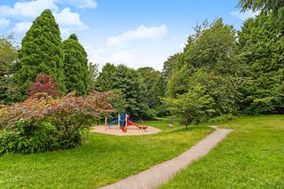 Photo 21: 106 357 E 2ND Street in North Vancouver: Lower Lonsdale Condo for sale : MLS®# R2470096