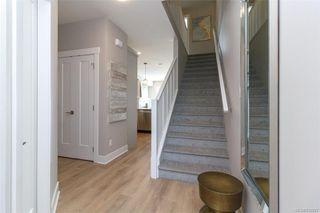 Photo 2: 1251 Flint Ave in Langford: La Bear Mountain Row/Townhouse for sale : MLS®# 832927