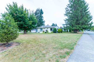 Photo 1: 46451 PORTAGE Avenue in Chilliwack: Chilliwack N Yale-Well House for sale : MLS®# R2500777