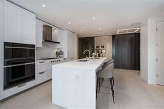 "Photo 9: 309 1327 BELLEVUE Avenue in West Vancouver: Ambleside Condo for sale in ""Grosvenor Ambleside"" : MLS®# R2514891"