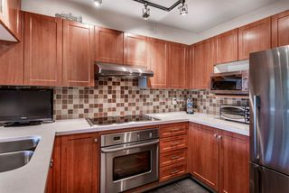 "Photo 11: 304 456 MOBERLY Road in Vancouver: False Creek Condo for sale in ""Pacific Cove"" (Vancouver West)  : MLS®# R2527647"