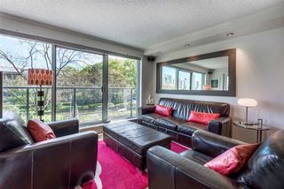"Photo 2: 304 456 MOBERLY Road in Vancouver: False Creek Condo for sale in ""Pacific Cove"" (Vancouver West)  : MLS®# R2527647"
