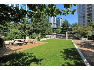 "Photo 16: 318 1295 RICHARDS Street in Vancouver: Yaletown Condo for sale in ""The Oscar"" (Vancouver West)  : MLS®# R2528753"