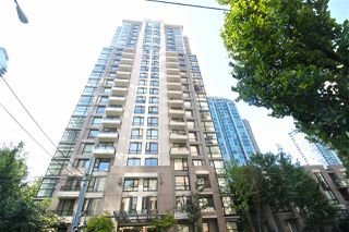 "Photo 3: 318 1295 RICHARDS Street in Vancouver: Yaletown Condo for sale in ""The Oscar"" (Vancouver West)  : MLS®# R2528753"