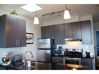 "Photo 3: 407 5211 GRIMMER Street in Burnaby: Metrotown Condo for sale in ""OAKTERRA"" (Burnaby South)  : MLS®# V895786"