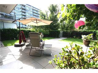 "Photo 9: 102 750 W 12TH Avenue in Vancouver: Fairview VW Townhouse for sale in ""TAPESTRY"" (Vancouver West)  : MLS®# V898284"
