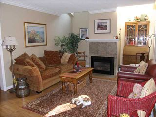 Photo 2: 1977 CEDAR VILLAGE Crescent in North Vancouver: Westlynn Townhouse for sale : MLS®# V911035