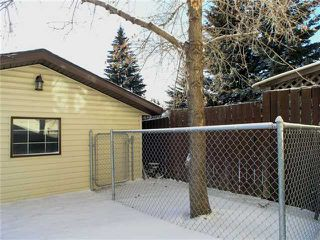 Photo 19: 105 BERWICK Drive NW in CALGARY: Beddington Residential Attached for sale (Calgary)  : MLS®# C3504956