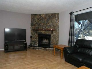 Photo 3: 105 BERWICK Drive NW in CALGARY: Beddington Residential Attached for sale (Calgary)  : MLS®# C3504956