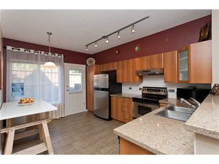 Photo 5: 136 2000 Panorama Drive in Port Moody: Heritage Woods PM Townhouse for sale : MLS®# v949150