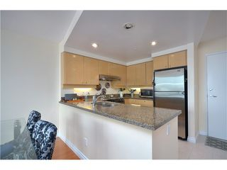 Photo 3: 3007 1008 CAMBIE Street in Vancouver: Yaletown Condo for sale (Vancouver West)  : MLS®# V999838