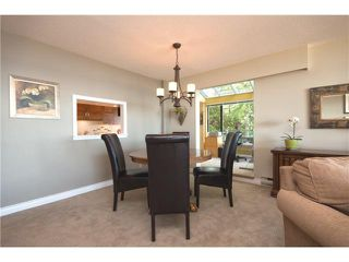Photo 10: # 24 2242 FOLKESTONE WY in West Vancouver: Panorama Village Condo for sale : MLS®# V1011941