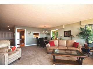 Photo 3: # 24 2242 FOLKESTONE WY in West Vancouver: Panorama Village Condo for sale : MLS®# V1011941