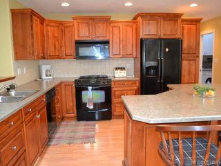Photo 10: 799 Mulholland Dr in FRENCH CREEK: PQ French Creek House for sale (Parksville/Qualicum)  : MLS®# 653408