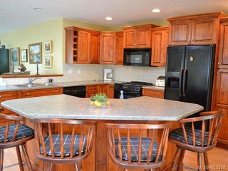 Photo 1: 799 Mulholland Dr in FRENCH CREEK: PQ French Creek House for sale (Parksville/Qualicum)  : MLS®# 653408