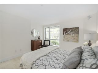 "Photo 9: 101 789 W 16TH Avenue in Vancouver: Fairview VW Condo for sale in ""Sixteen Willows"" (Vancouver West)  : MLS®# V1087603"