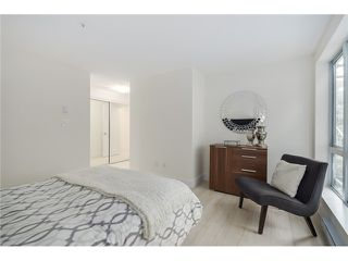 "Photo 10: 101 789 W 16TH Avenue in Vancouver: Fairview VW Condo for sale in ""Sixteen Willows"" (Vancouver West)  : MLS®# V1087603"
