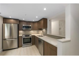 "Photo 2: 101 789 W 16TH Avenue in Vancouver: Fairview VW Condo for sale in ""Sixteen Willows"" (Vancouver West)  : MLS®# V1087603"