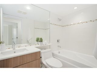 "Photo 14: 101 789 W 16TH Avenue in Vancouver: Fairview VW Condo for sale in ""Sixteen Willows"" (Vancouver West)  : MLS®# V1087603"
