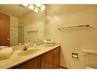 Photo 11: 111 LINCOLN Manor SW in Calgary: Lincoln Park Residential Attached for sale : MLS®# C3645998