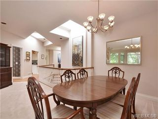 Photo 13: 5 5187 Cordova Bay Rd in VICTORIA: SE Cordova Bay Row/Townhouse for sale (Saanich East)  : MLS®# 703610