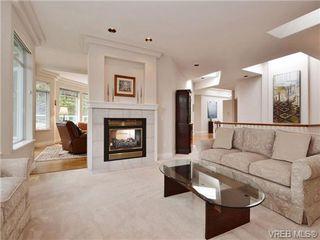 Photo 10: 5 5187 Cordova Bay Rd in VICTORIA: SE Cordova Bay Row/Townhouse for sale (Saanich East)  : MLS®# 703610