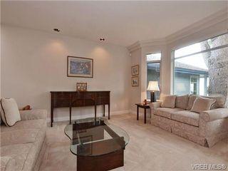 Photo 12: 5 5187 Cordova Bay Rd in VICTORIA: SE Cordova Bay Row/Townhouse for sale (Saanich East)  : MLS®# 703610
