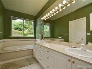 Photo 16: 5 5187 Cordova Bay Rd in VICTORIA: SE Cordova Bay Row/Townhouse for sale (Saanich East)  : MLS®# 703610