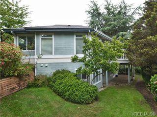 Photo 4: 5 5187 Cordova Bay Rd in VICTORIA: SE Cordova Bay Row/Townhouse for sale (Saanich East)  : MLS®# 703610