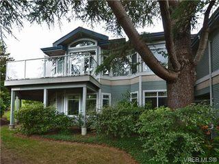 Photo 2: 5 5187 Cordova Bay Rd in VICTORIA: SE Cordova Bay Row/Townhouse for sale (Saanich East)  : MLS®# 703610