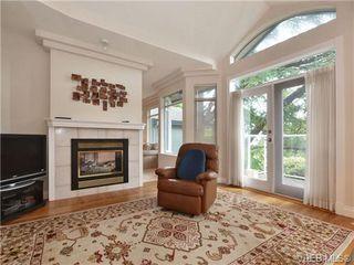 Photo 11: 5 5187 Cordova Bay Rd in VICTORIA: SE Cordova Bay Row/Townhouse for sale (Saanich East)  : MLS®# 703610