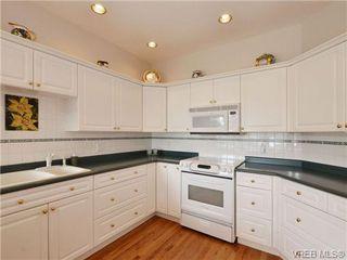 Photo 7: 5 5187 Cordova Bay Rd in VICTORIA: SE Cordova Bay Row/Townhouse for sale (Saanich East)  : MLS®# 703610