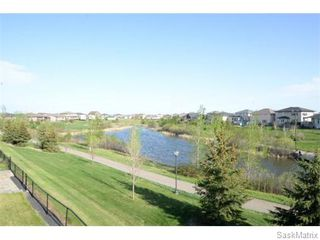 Photo 5: 2423 LINNER Bay in Regina: Windsor Park Single Family Dwelling for sale (Regina Area 04)  : MLS®# 541095