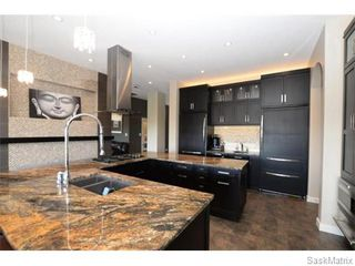 Photo 12: 2423 LINNER Bay in Regina: Windsor Park Single Family Dwelling for sale (Regina Area 04)  : MLS®# 541095
